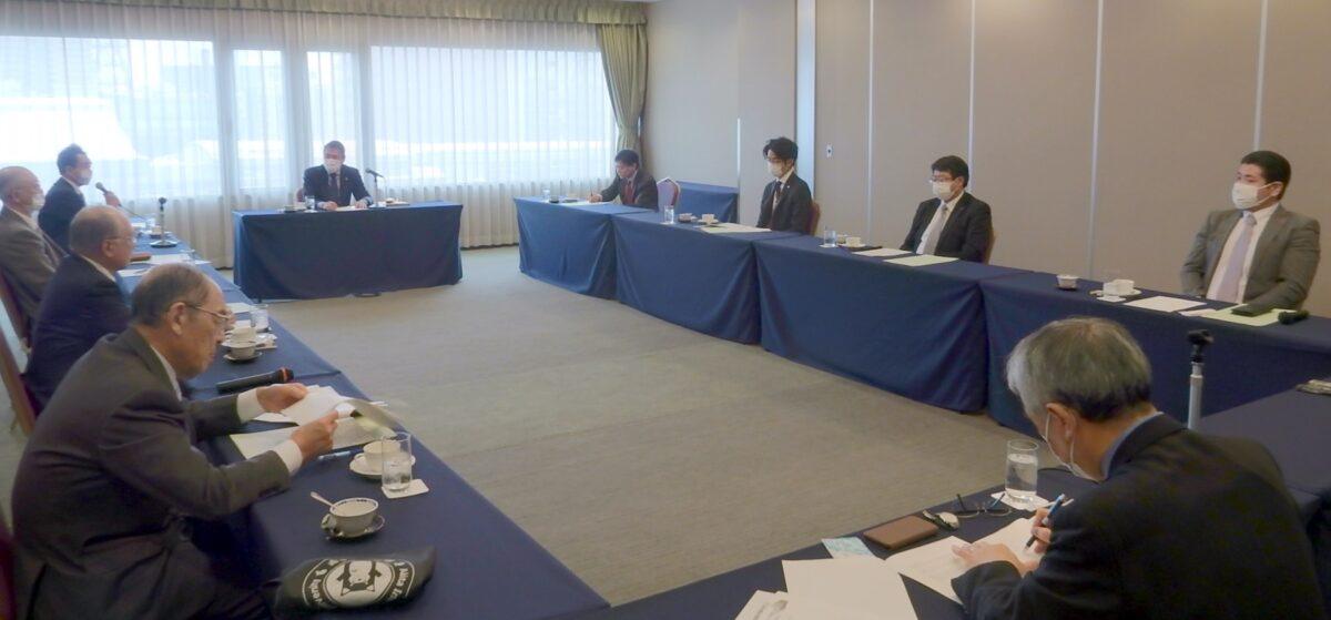 新年度活動方針案などを協議した第2回道路整備促進委員会